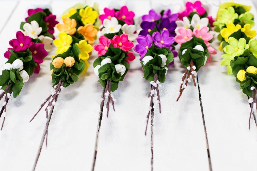 Folkstar - Palma wielkanocna z bibuły - fioletowe i żółte różyczki