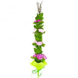 Palma wielkanocna z bibuły - fioletowe różyczki