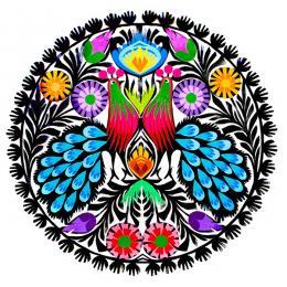 Tradycyjna okrągła wycinanka - wzór ludowy pawi z niebieskimi ogonami