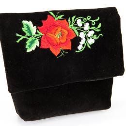 Haftowana mała kopertówka z czerwoną różą i białymi konwalijkami