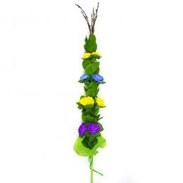 Palma wielkanocna z bibuły - fioletowe i żółte różyczki