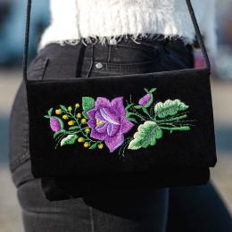 Czarna kopertówka z fioletowa różą - tradycyjny haft folk