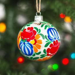 Bombka choinkowa perłowa - kolorowe kwiaty kujawskie