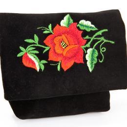 Haftowana mała kopertówka z czerwoną różą