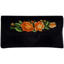 Czarna kopertówka z haftowanymi pomarańczowymi różami