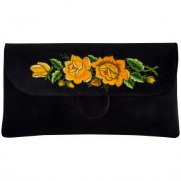Czarna kopertówka z haftowanymi żółtymi różami