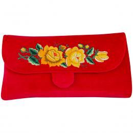 Czerwona kopertówka z haftowanymi żółtymi różami