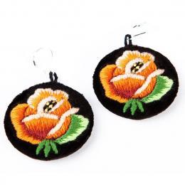 Haftowane kolczyki ludowe z pomarańczową różą
