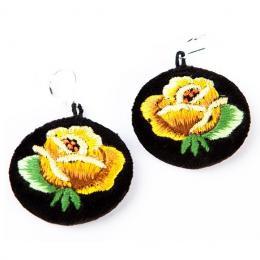 Haftowane kolczyki ludowe z żółtą różą