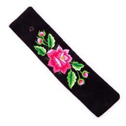 Haftowana bransoletka z różową różą