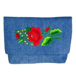 Haftowana dżinsowa kopertówka z czerwoną różą