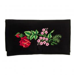 Kopertówka do ręki z haftowaną czerwoną różą i małymi różowymi kwiatuszkami