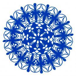 Mała okrągła wycinanka kurpiowska - wzór 20 - niebieska