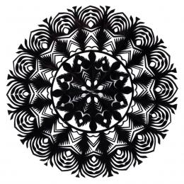 Mała okrągła wycinanka kurpiowska - wzór 4 - czarna