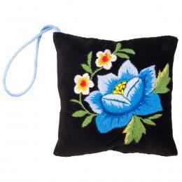 Mini poduszeczka na igły z haftem łowickim - czarna z niebieską różą