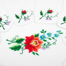 Bieżnik ręcznie haftowany + 6 serwetek - czerwona róża z małymi kwiatkami