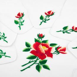 Bieżnik ręcznie haftowany + 6 serwetek - jasnoczerwona róża z ostrymi płatkami