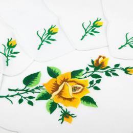 Ręcznie haftowany komplet – bieżnik 48 x 108 cm + 6 serwetek | żółta róża z ostrymi płatkami